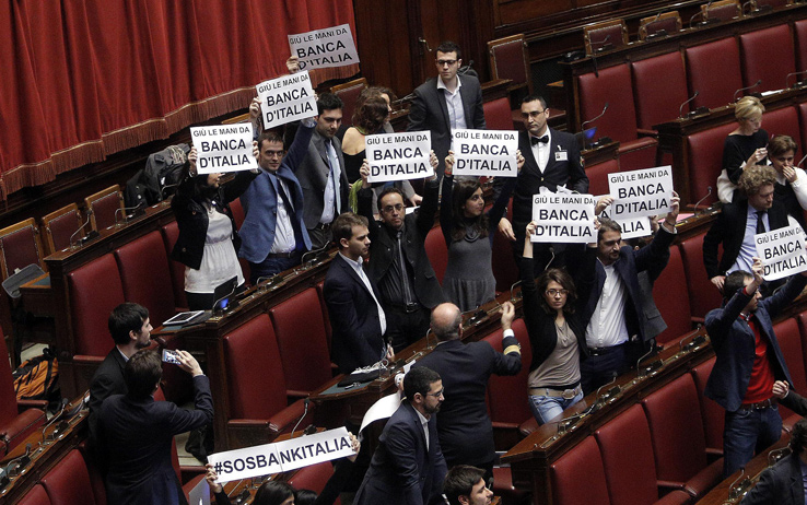 m5s_proteste_banca_italia_5
