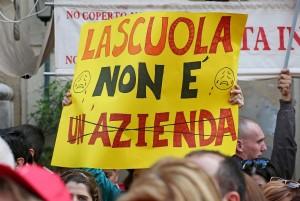 LA TASSA D'ISCRIZIONE A SCUOLA E' VIETATA: DENUNCIA M5S TROVA CONFERMA IN VIDEO FANPAGE