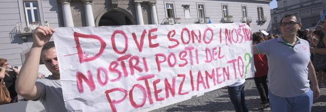 Manifestazione docenti - Foto Il Mattino
