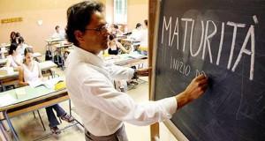 IL MIUR NEGA ANCORA L'USO DEI FORMULARI, FEDELI SBATTE LA PORTA IN FACCIA A STUDENTI E DOCENTI